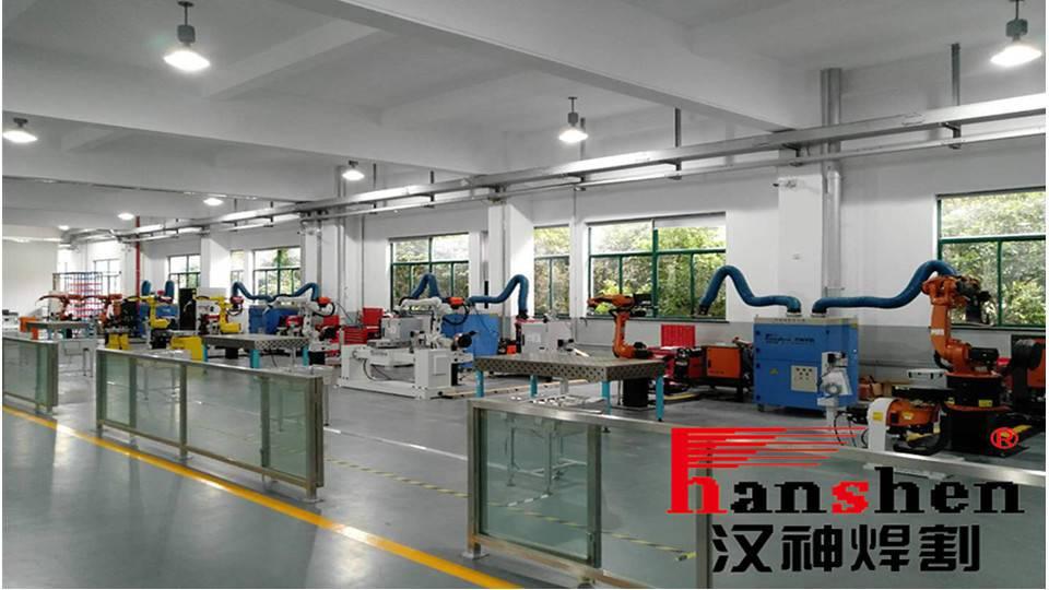 无锡思达新材料科技有限公司-机器人光纤激光焊接机
