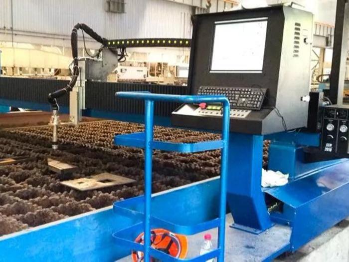 复合金属板材切割:汉神数控精细等离子切割机